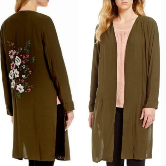 Gibson Latimer Jackets & Blazers - Army Green Floral Embroidered Kimono Duster Med